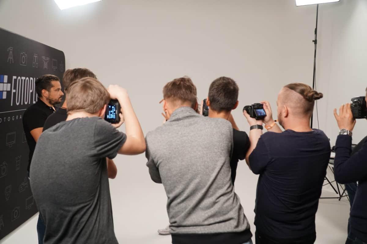 Profesjonalne studio zdjęciowe kraków UNIQUE STUDIO